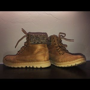 Cliff boots by White Mountain